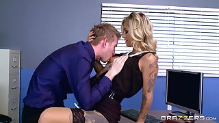 Naughty Kleio Valentien misbehaves by way of in-office liaison