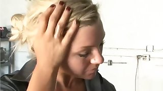 Tribadic Body Shop - Scene 4