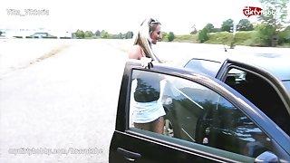 Public bareback creampie be advantageous to mature trip streetwalker